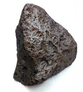 1. Frammento di meteorite antico
