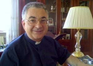 Vescovo-Mons.-Luigi-Renzo